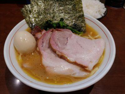 らーめん飛粋 レビュー。蒲田で食べるやさしい口当たりの家系ラーメン